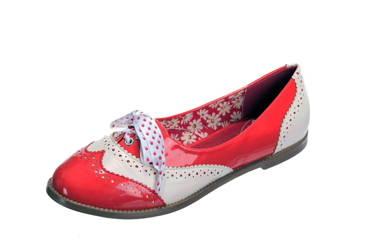 Banned Dancing Days Milana Red Cream Women's Flat Brogue Shoes