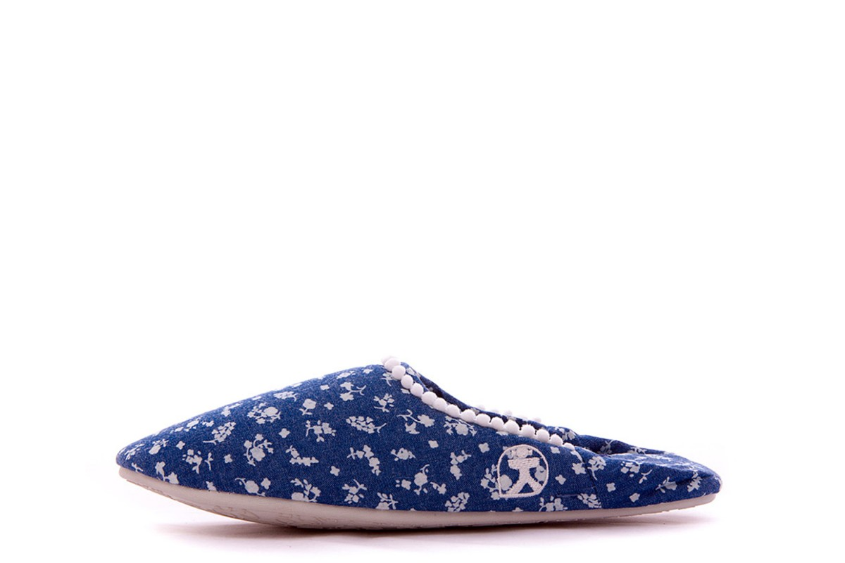 Bedroom Athletics Hilary Denim Ditsy Blue Floral Mule Slippers