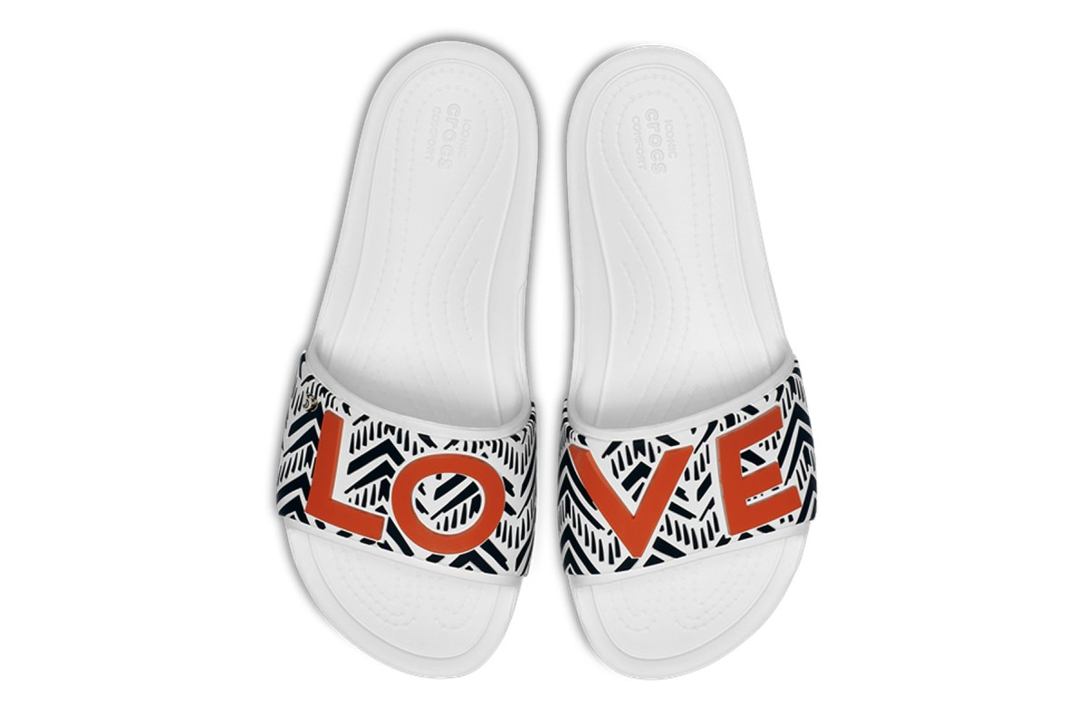 Crocs x Drew Barrymore Sloane White Chevron Love Flat Slide Sandals