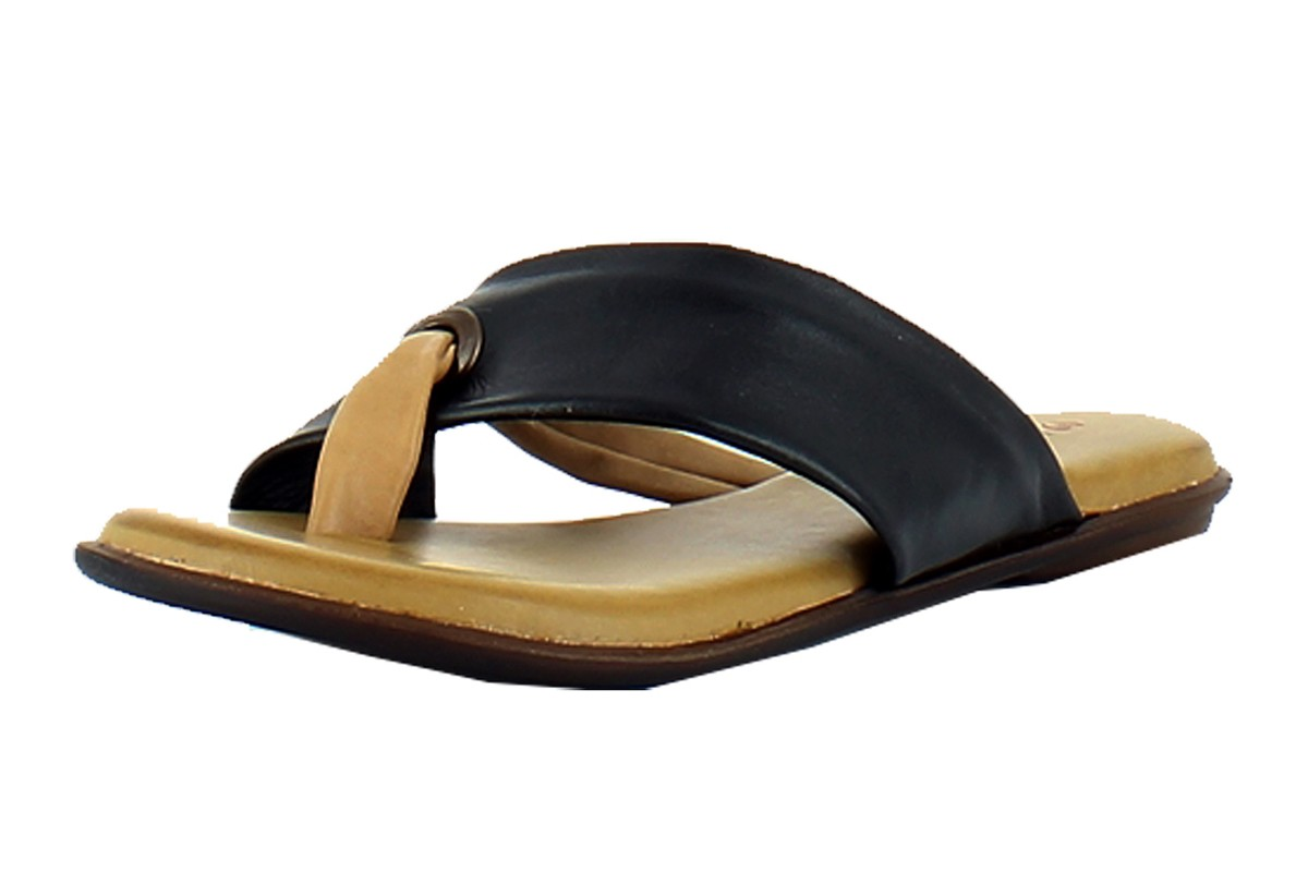 Heavenly Feet Shadow Black Leather Flat Women's Sandals