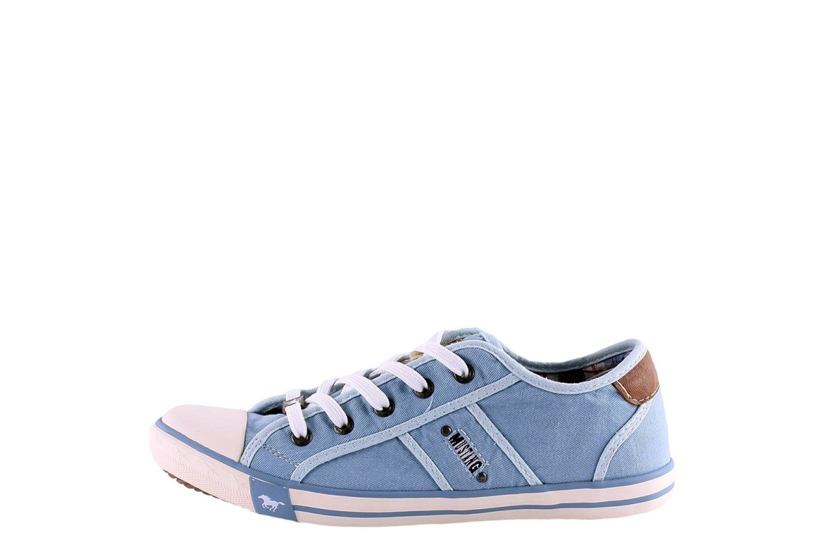 Mustang 1099-302 Women's Pastel Blue Canvas Fashion Trainers