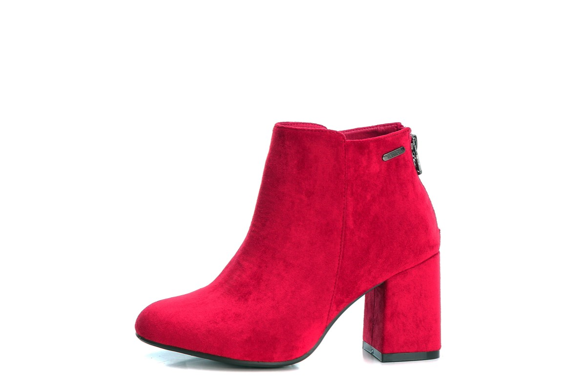 Refresh Red Faux Suede Block Heel Ankle Boots 69286