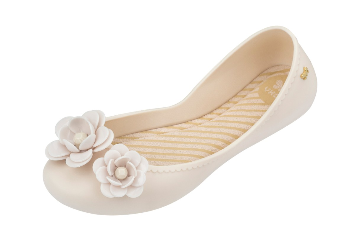 Zaxy Start Blossom Frost Cream Flower Flat Ballet Shoes